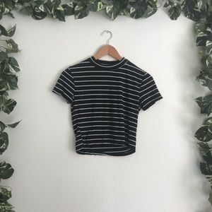 🆕Forever 21 Stripped T-shirt